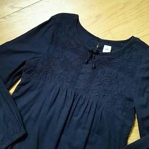 Size 10 girl Gap shirt